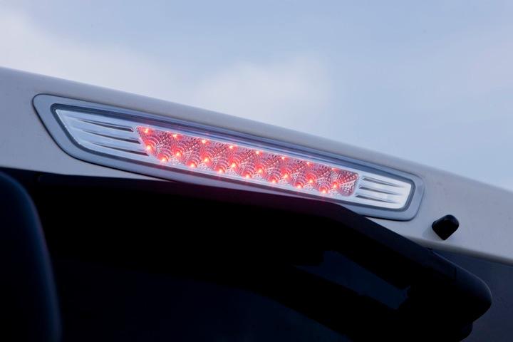 ユーアイビークル/UIvehicle NV350 キャラバン VALENTI VALENTI LEDハイマウントストップランプ(17LED)