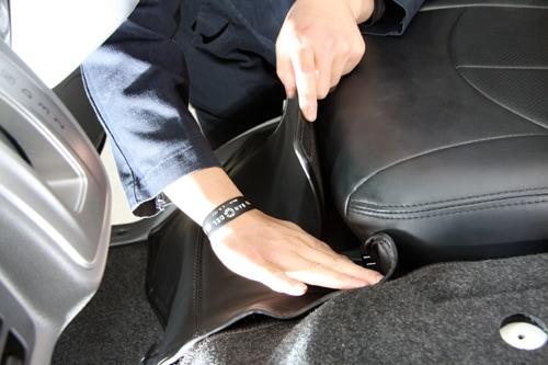 ユーアイビークル/UIvehicle NV350 キャラバン エンジンルームカバー