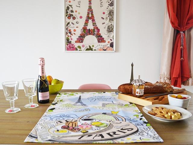 フランスエッフェル塔のおしゃれなポスター