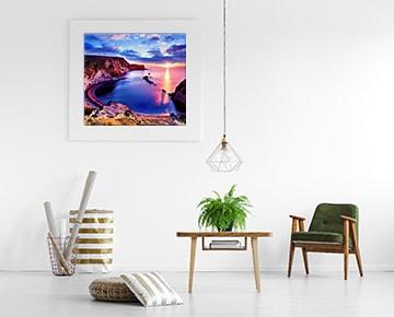視界が開けた風景の写真やポスターを飾る
