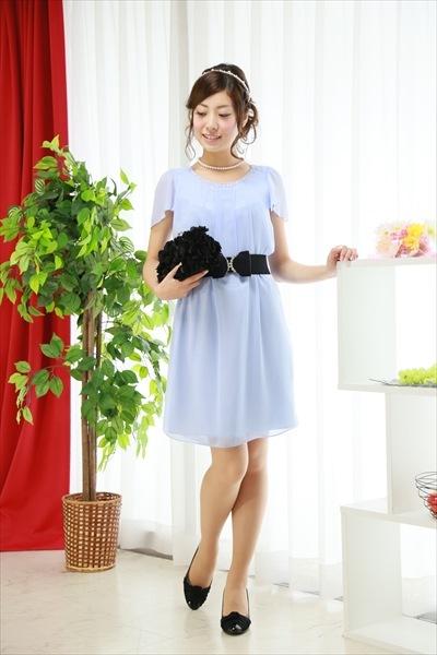 ブルーやグリーンのドレス1