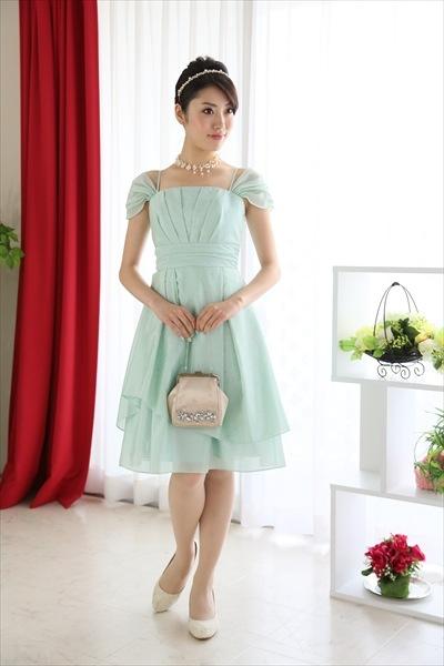 ブルーやグリーンのドレス3