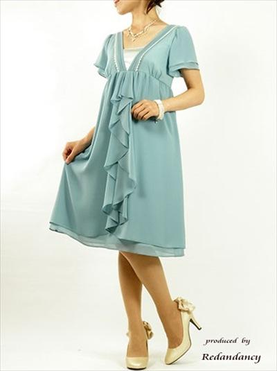 ブルーやグリーンのドレス2