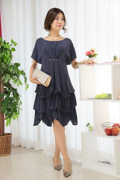 グレーやパープルのドレス3