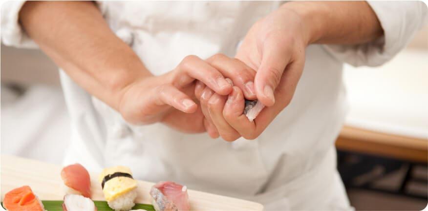 寿司職人が握った「特上握り」は格別です!!