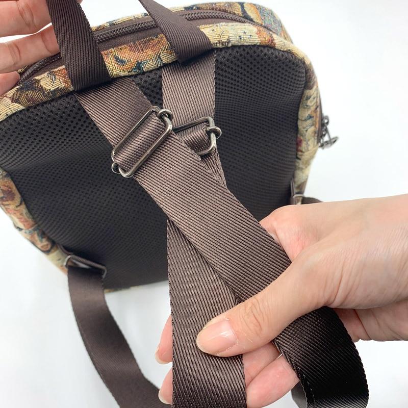 肩紐はズレ落ちないズレスシステム。コンパクトなリュックなので、ショルダー紐はショルダーバッグと同様の肩紐を使用しています。(3�幅)