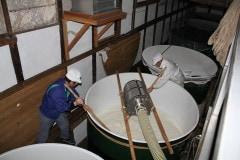 頚城酒造の酒樽