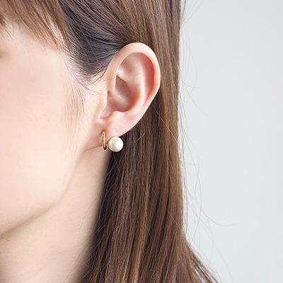 耳のラインにワンポイント♪バックノンホール ピアスに、この時期ピッタリなコットンパールアイテムが入荷♪顔まわりの印象を華やかに。