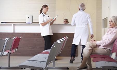 医療施設の受付
