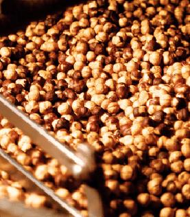 薫り豊かな最高級のピエモンテヘーゼルナッツ使用