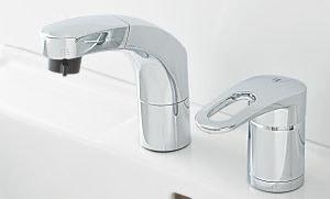 シングルレバーシャワー水栓(メッキ仕上げ)イメージ