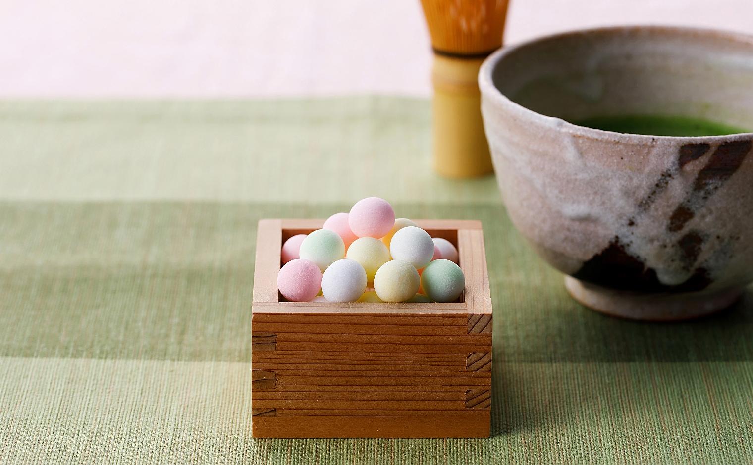 デザインシュガー,物語のある砂糖,かわいい,可愛い,角砂糖,ひなまる,プチボール,ボール,円,球,丸,まるい,サークル,ころりん