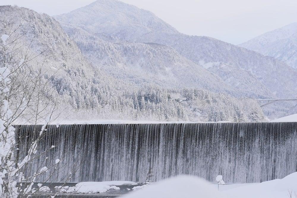 ミネラルたっぷりな立山連峰の雪解け水