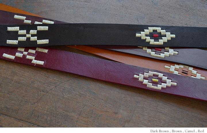 太番手の生成り糸で刺しゅうをデザイン