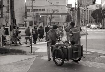 ハービー山口「リヤカー」 2003 東京