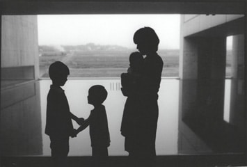 ハービー山口「 植田正治写真美術館にて 」 2007