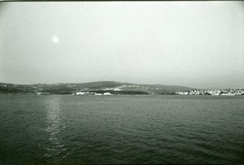 「ジブラルタル海峡の月」 モロッコ 1993年