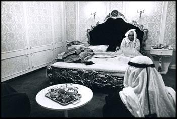 「産油国の繁栄」 クエート 1973年