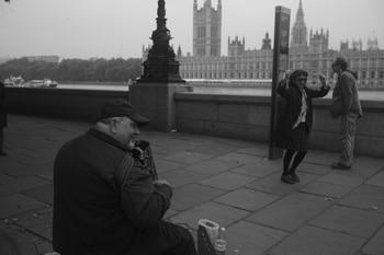 テムズ河のアコーディオン LONDON 2013