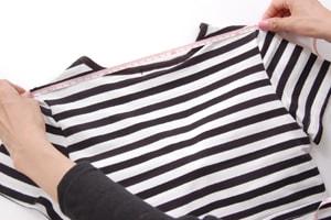 Tシャツ 肩幅