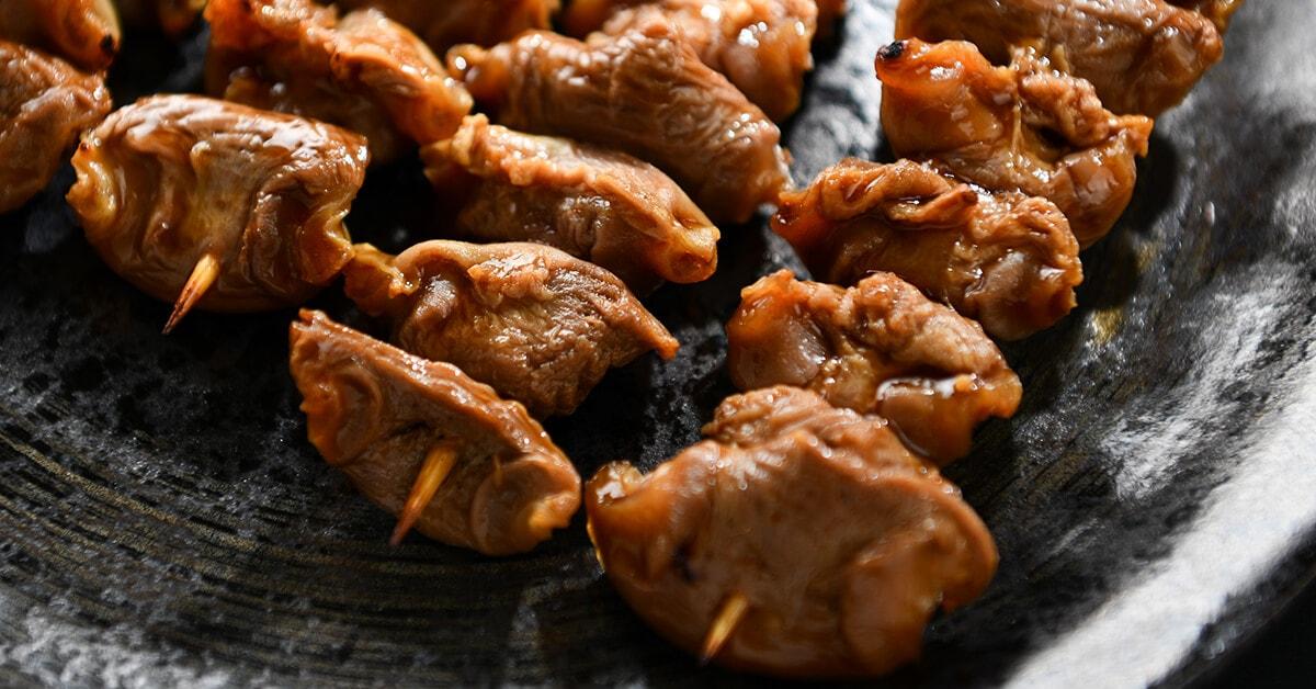 タレで焼いた焼き鳥の串・砂肝5本