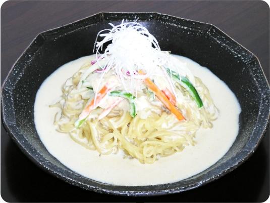 [写真]フォースープでつくるアジア「フォー風」米の麺