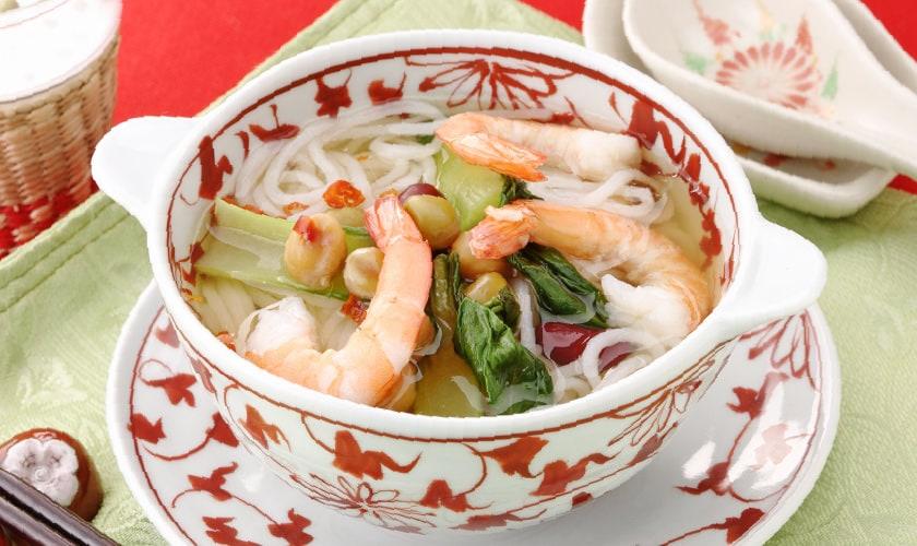 フォースープでつくるアジア「フォー風」米の麺