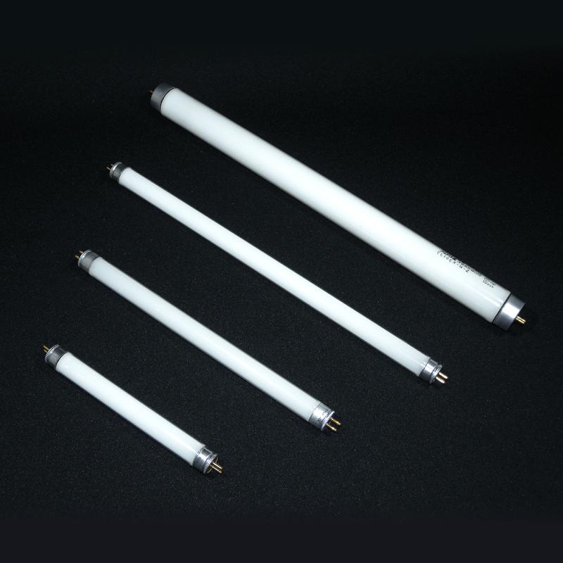 お仏壇用蛍光管 選択(4W〜10W) 創価学会用仏壇蛍光管の商品画像1