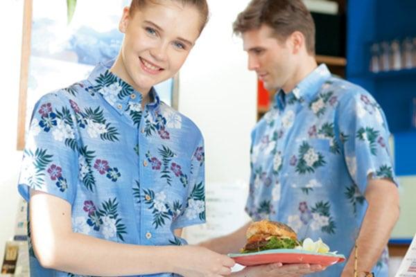 アイトスのアロハシャツ