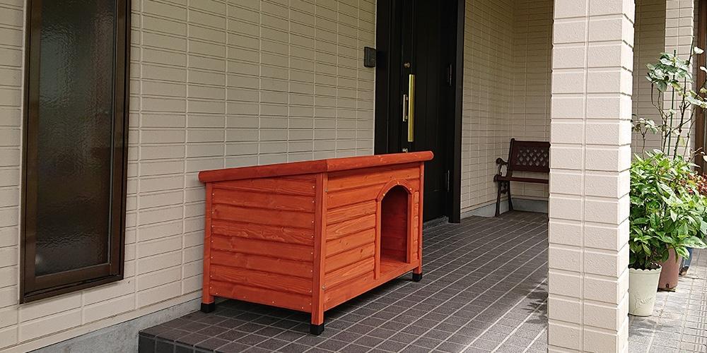 【玄関先】片屋根木製犬舎の設置イメージ1