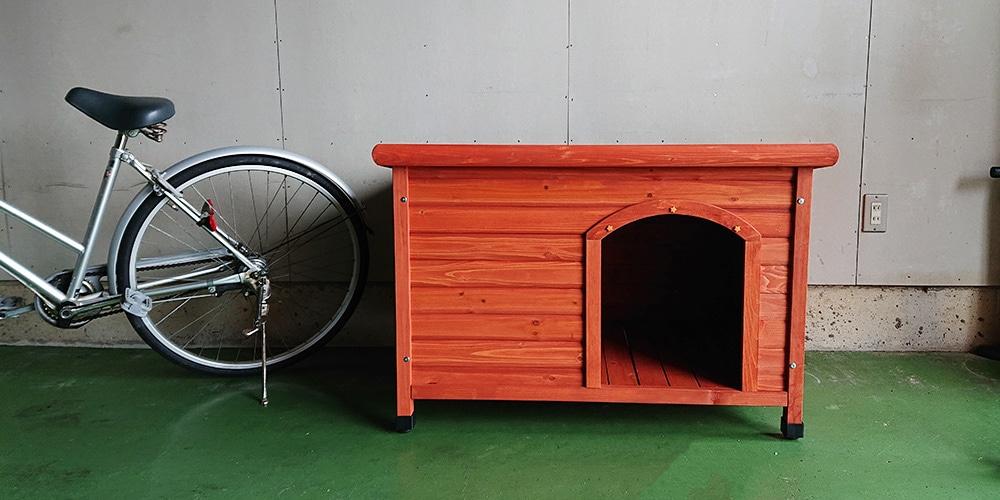 【ガレージの中】片屋根木製犬舎の設置イメージ