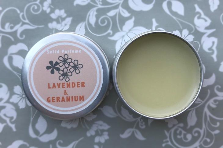 ラベンダー&ゼラニウムの練香水