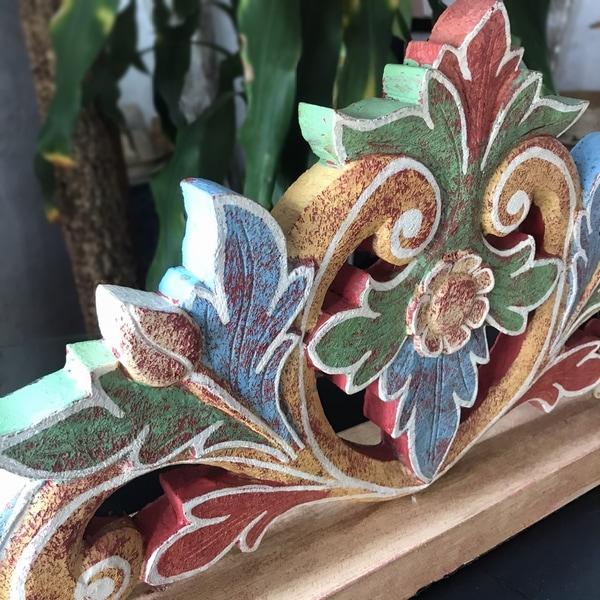 テーブルライト/木彫りレリーフ