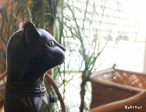 ブロンズ猫/猫のブロンズ像/スタンディングキャット