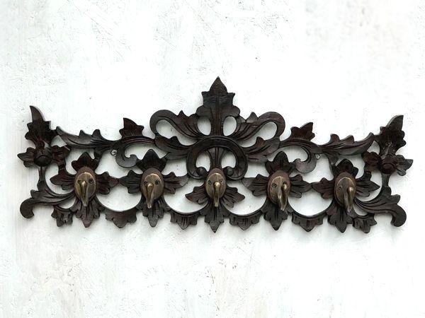 フック/フック付きの木彫りパネル
