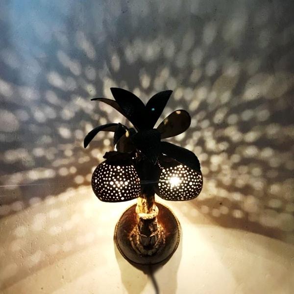ブラケットライト/椰子の木のランプ