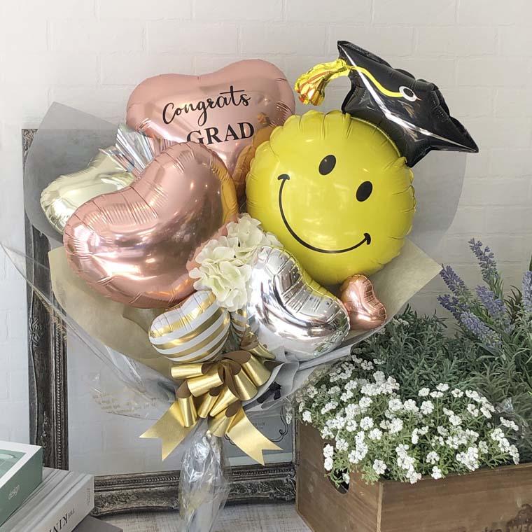 卒業式お祝いバルーンブーケ オシャレでかわいいバルーンギフト