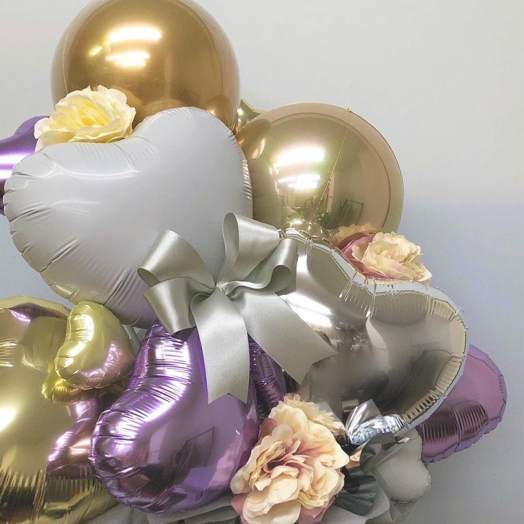 誕生日のギフトや開店・周年のお祝いに! 上品なパープルとゴールドカラーで落ち着いた雰囲気の置き型バルーンギフト 拡大3