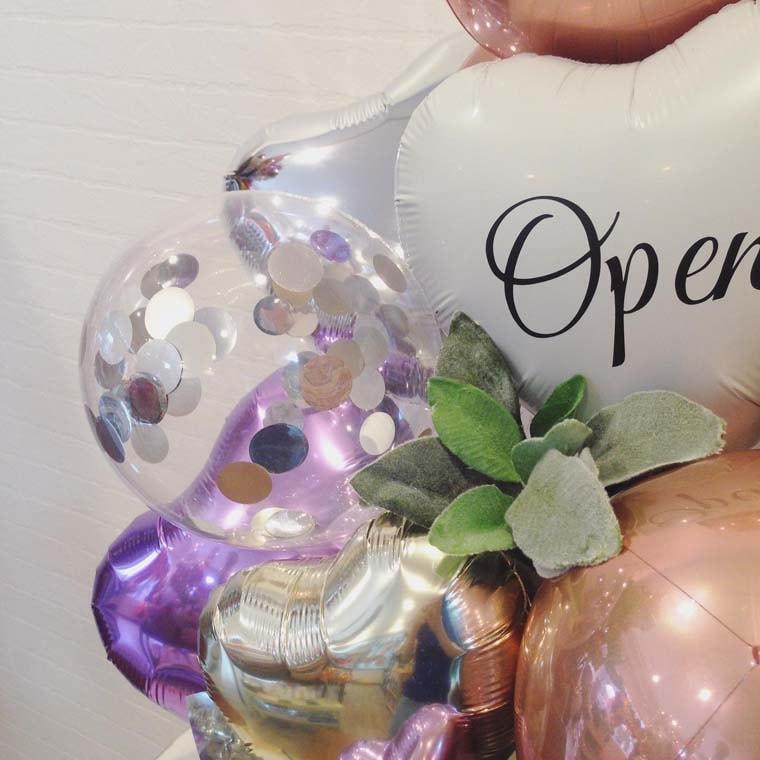 開店祝いや周年のお祝いに☆ローズゴールドで大人可愛い置き型バルーンギフト 拡大4