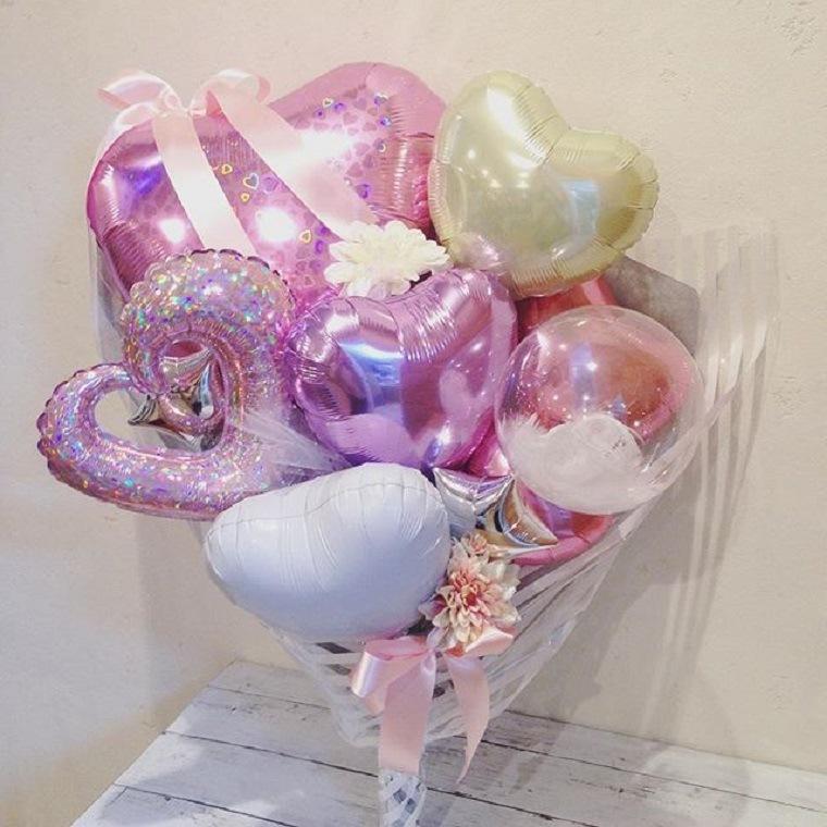 豪華な花束型バルーン アクアピンク