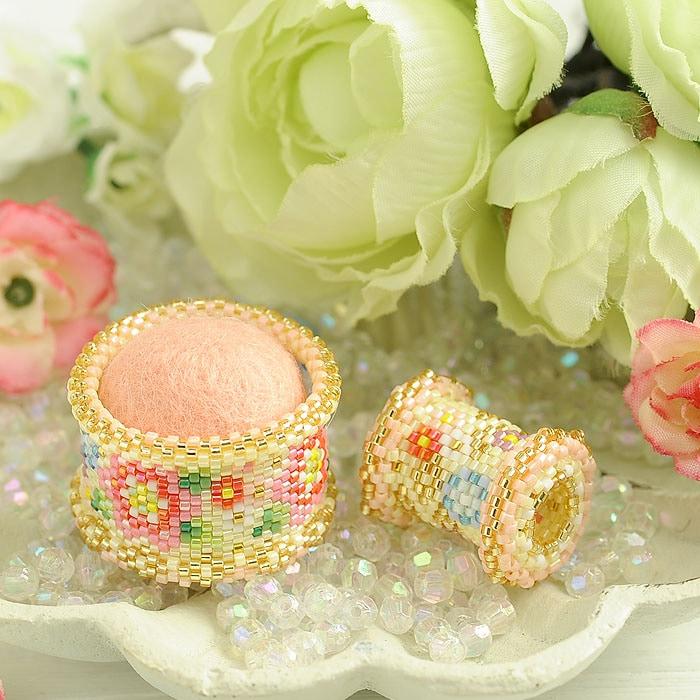 〜花手毬〜ピンクッションと糸巻き