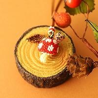 ちびブタ収穫祭〜水玉きのこ〜(赤×白)