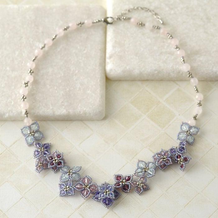 紫陽花のネックレス(ローズクォーツ)