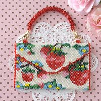 Strawberry Garden ホワイト
