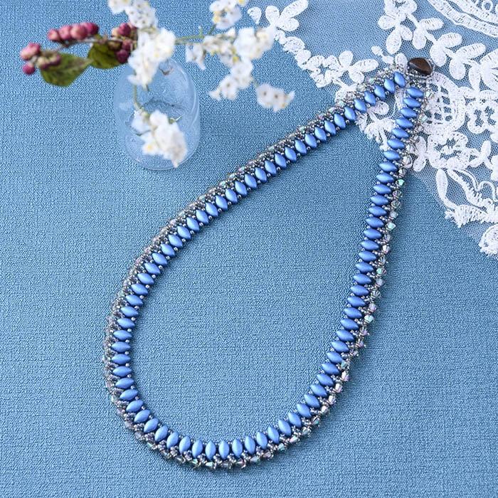 針と糸で作るビーズステッチ スパーク〜シーブルー(青)〜