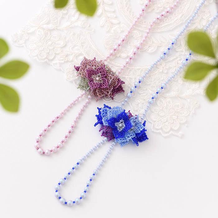 花束のネックレス