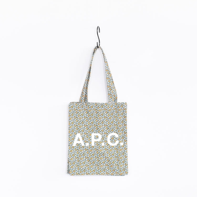 A.P.C.(アーぺーセー)