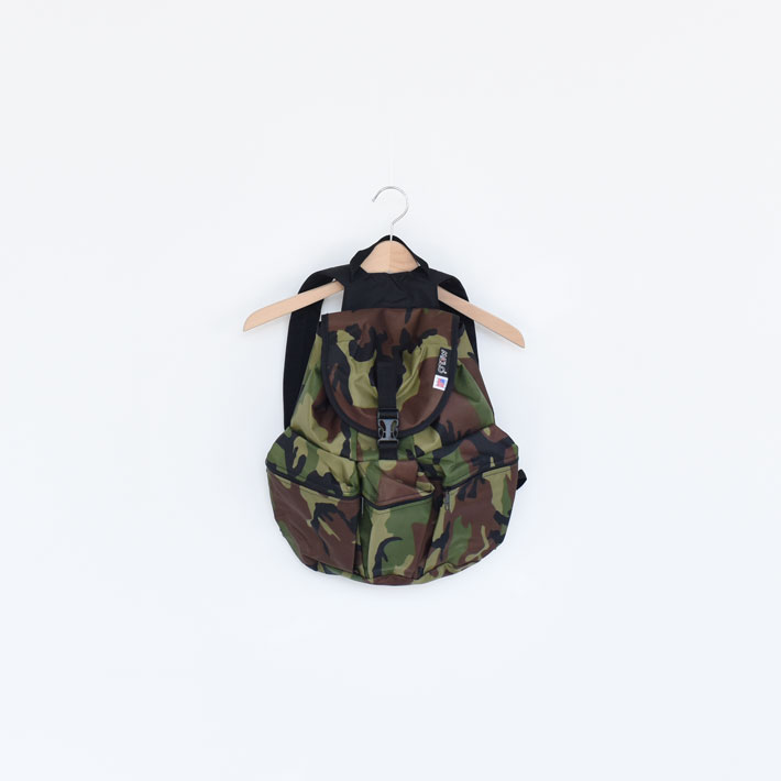 MEDIUM 3 POKET BACKPACK/MELO メロ