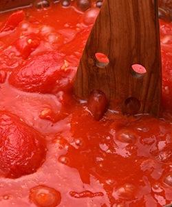 カットトマト画像