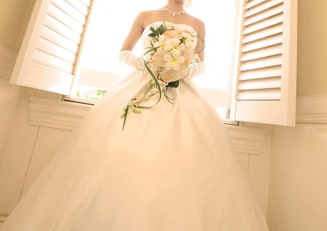 Aラインウェディングドレスに合うインナー